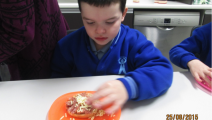 Cooking Pizza Muffins with P7
